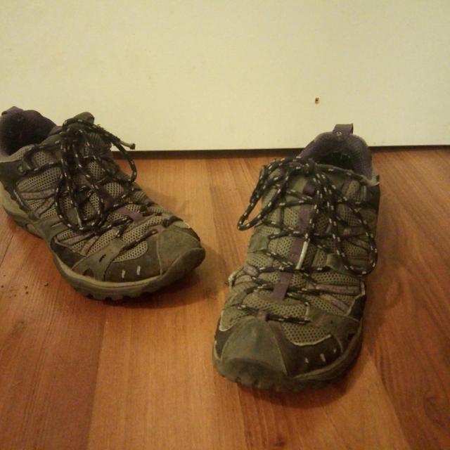 a6483ec4 Merrell hiking boots - women size 7
