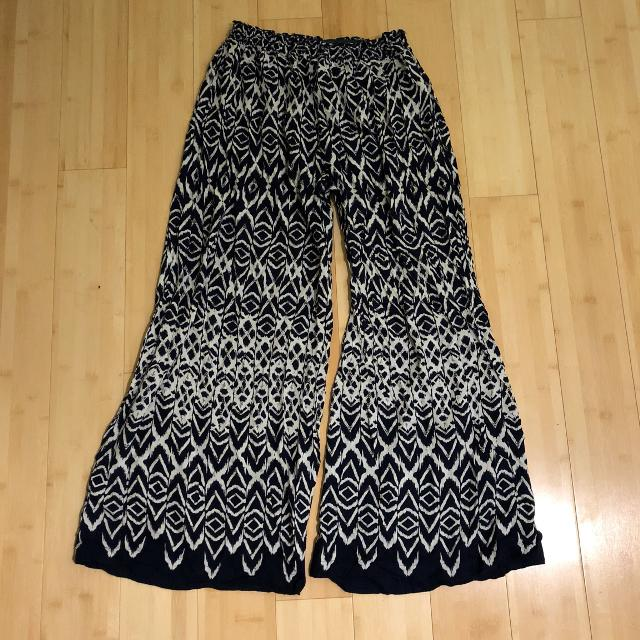Best Patterned Flowy Pants For Sale In North Delta British Columbia Gorgeous Patterned Flowy Pants