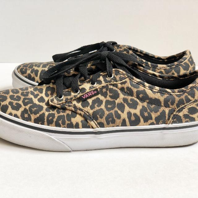 1d6831ff70 Find more Girls Animal Print Vans Sneakers - Sz 4 for sale at up to ...