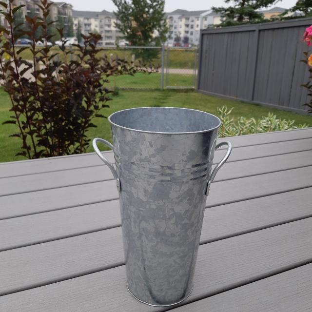 Best Galvanized Vase For Sale In Airdrie Alberta For 2018
