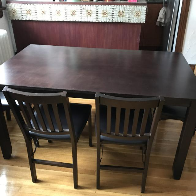 DARK BROWN WOOD 6 SEATER DINING TABLE + CHAIRS -LONDON ONTARIO