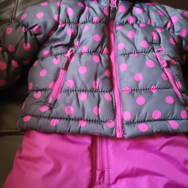 euc toddlers girl s size 12 month snowsuit with blue coat with magenta polka dots