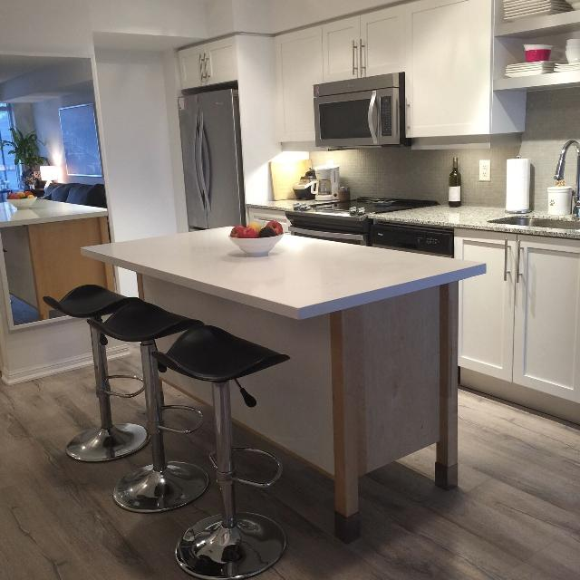 Best Kitchen Island With Stone Counter For Sale In Yorkville