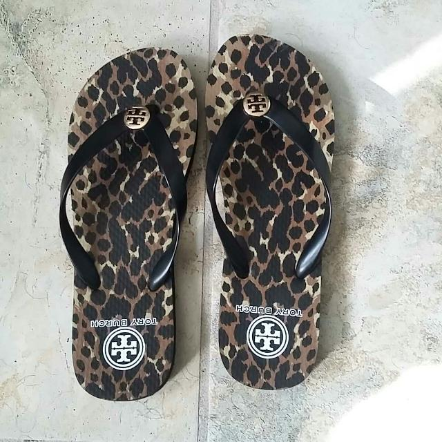 38f971ec7 Best Tory Burch Flip Flops. Size 9 for sale in Germantown