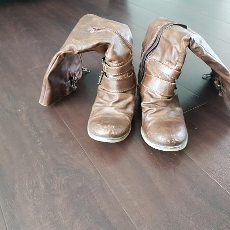 Ladies Boots.. for sale  Canada