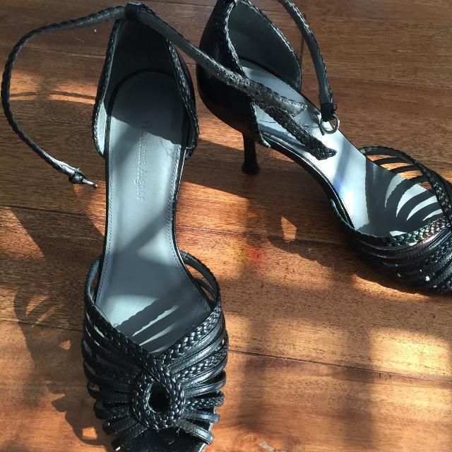 007100b372 Best Brand New- Etienne Aigner Open Toe Black Leather Heels for sale in  Vaudreuil