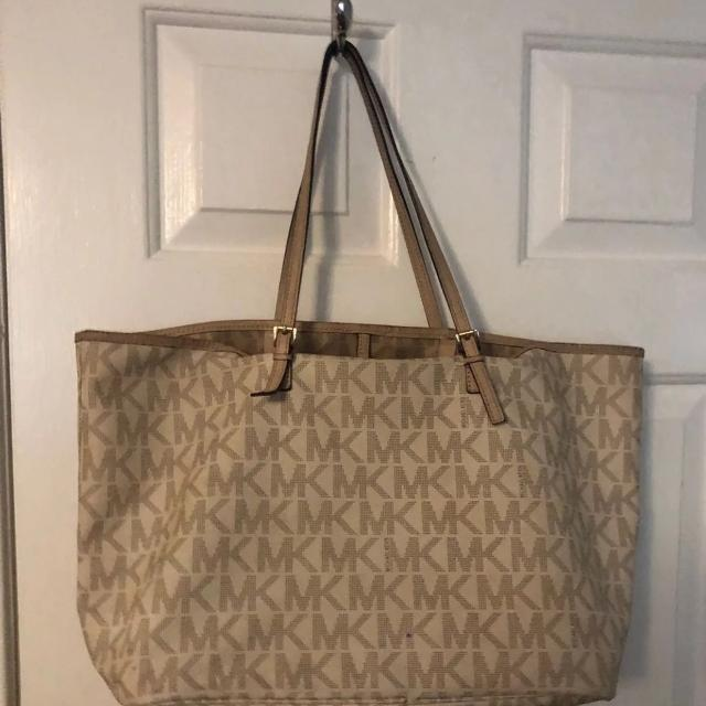 f016476c63a2 Best Authentic Tan Michael Kors Tote Bag for sale in Sumter