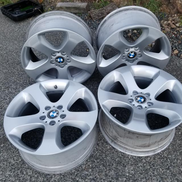 """Bmw Z5 For Sale: Best Set Of 19"""" 2005 Bmw X5 Rims For Sale In Nanaimo"""