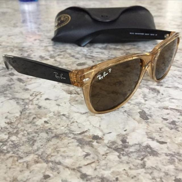 d2411f1714c Best Polarized Wayfarer Ray-ban Sunglasses For Men Or Women for sale in  Vaudreuil