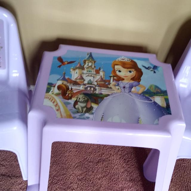 Best Sofia The First 2 Chairs And Table Set Brand New For Sale In