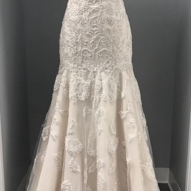 Best Oleg Cassini Wedding Gown For Sale In Piatt County Illinois For 2020