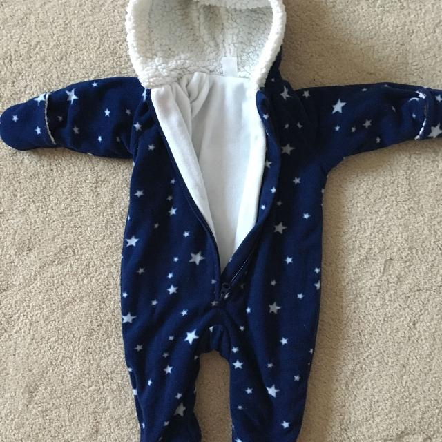 b3edace18 Find more Old Navy Fleece Bunting Suit 3-6 Months for sale at up to ...