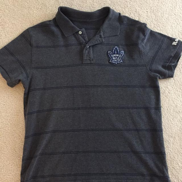 7c50ad651 Find more Men s Roots Golf Short Maple Leafs. Size M. Euc for sale ...