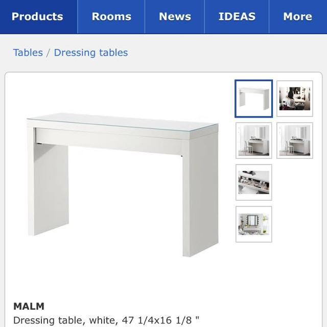 Ikea white desk -2 years old -must pick up Friday August 31