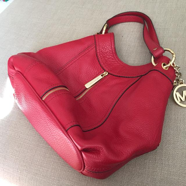 46bf826f3d2d Find more Euc Genuine Michael Kors Red Purse In Brand New Condition ...