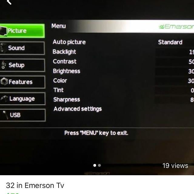 32 in Emerson Tv with swivel mount