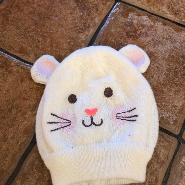 Best Carters 0-9 Months Cute Mouse Winter Hat for sale in Vaudreuil ... bb86a8a5ca60