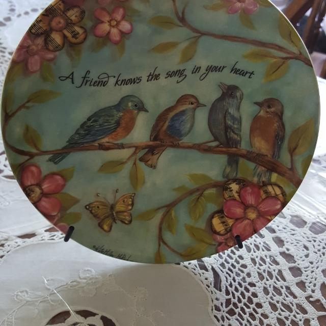 Decorative Plate Stand Included