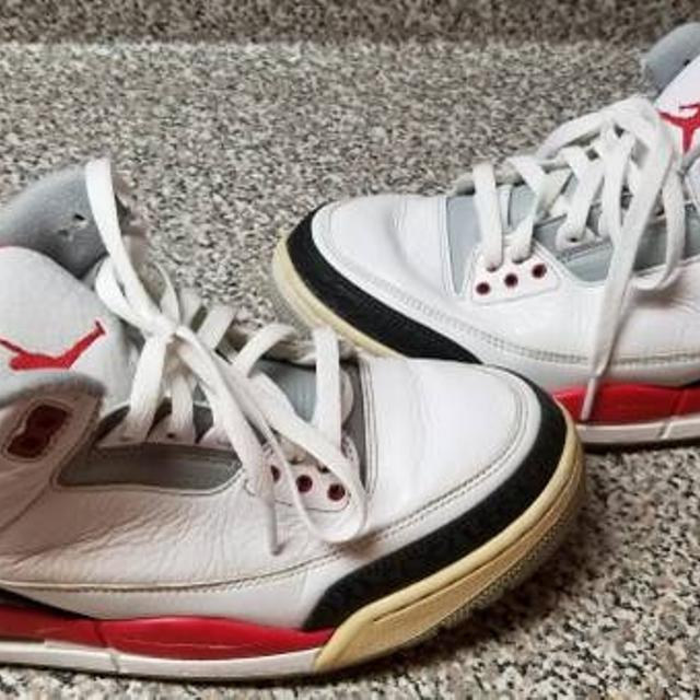 633d7b9ef4e5 Best 2013 Air Michael Jordan 3 Iii Retro Fire Red Sneakers Shoes Size 9 for  sale in Staten Island