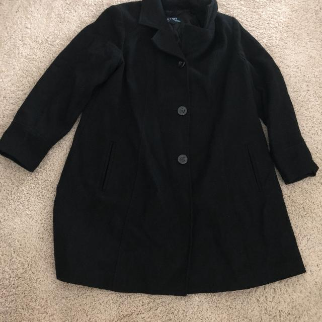 93ca34db22901 Find more Old Navy Maternity Winter Coat, Size L for sale at up to ...