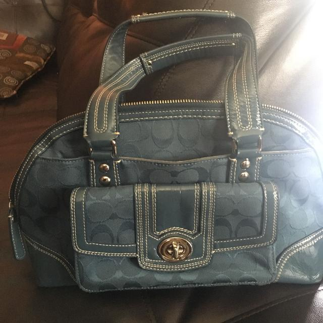 1baa2dbe1496 Find more Blue Coach Purse for sale at up to 90% off - Rochelle