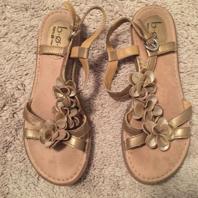 a2a7a1e7dbcc Best Gold B.o.c. Flower Sandals for sale in Peoria