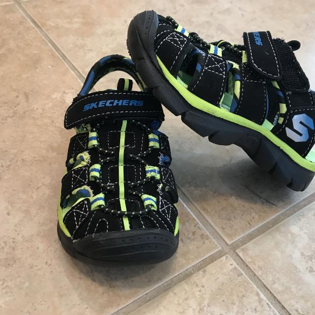 42eb7fc22994 Find more Skechers Toddler Boy. Great Condition! for sale at up to ...