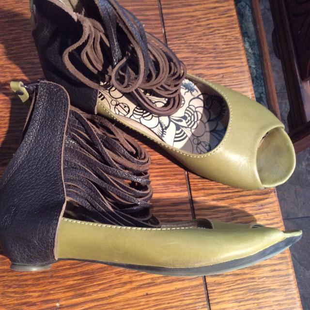 5d05df870 Best Fly London Green And Brown Sandals 39 Or 8.5 for sale in Regina,  Saskatchewan for 2019