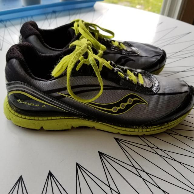 ede3293c7b848 Best Saucony Kinvara 2 Running Shoes for sale in Calgary