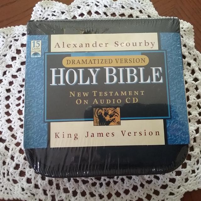 New Testament On Audio CD narrated by Alexander Scourby
