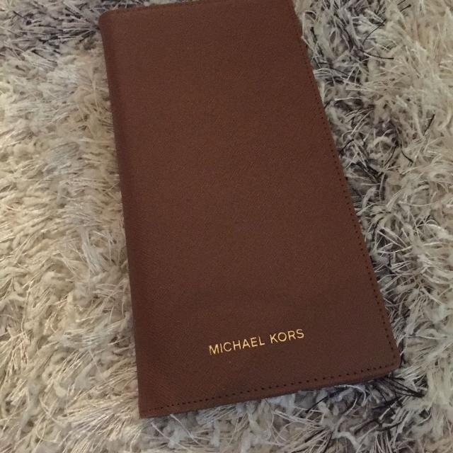 32d667f9cd0d Find more Michael Kors Brown Wallet/passport Holder for sale at up ...