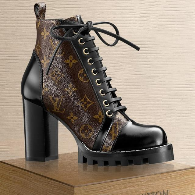 ef43b08001db Best Women s Brand New Leather Lv Monogram Star Trail Ankle Boots for sale  in Yorkville
