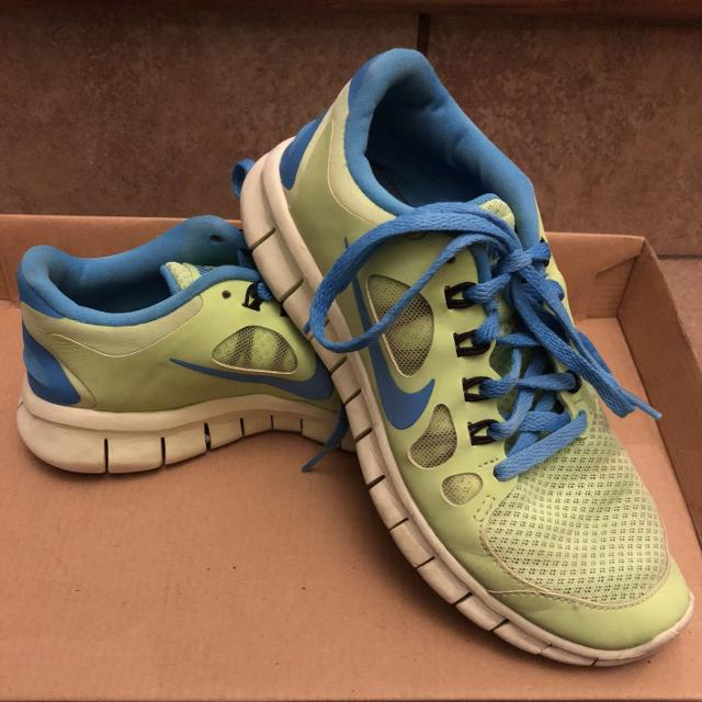 843cc7f2525cc Best Guc Women s Nike Freerun 5.0 Size 6 for sale in Ladner