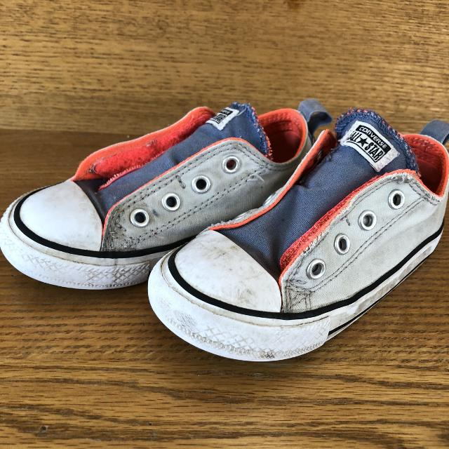 e018bcc3e99b Find More Size 8 Converse Toddler Shoes Guc For At Up To 90 Off