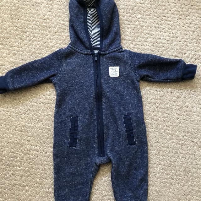 382b3b9635c2 Find more Euc Carters Sweatsuit Material Romper Outfit. 3 Mos Ns Cat ...
