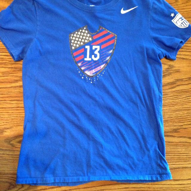 size 40 b836a 72ed4 Girls size medium Nike Alex Morgan v- neck t- shirt