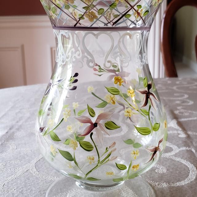 Last Chance Will Delete 105 Hand Painted Glass Vase