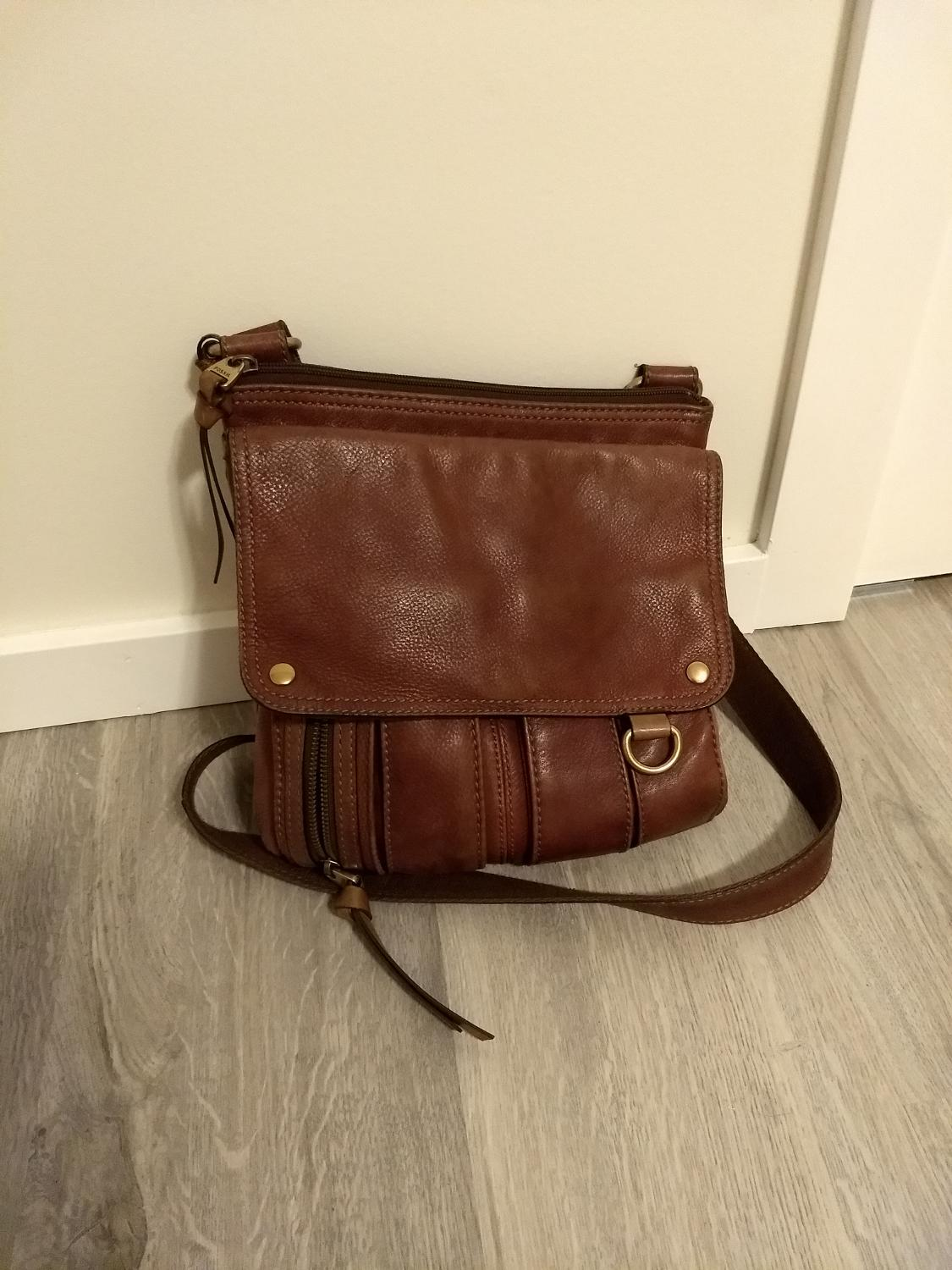 73e9459cfdbd Find more Fossil Crossbody Bag for sale at up to 90% off - Saanich ...