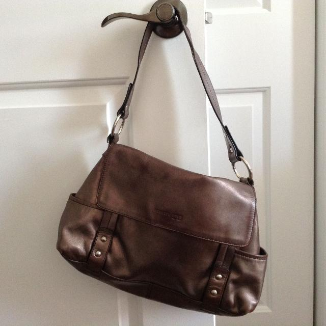 Best Kenneth Cole Pewter Purse for sale in Dollard-Des Ormeaux ... 4d7f8c3a43be8