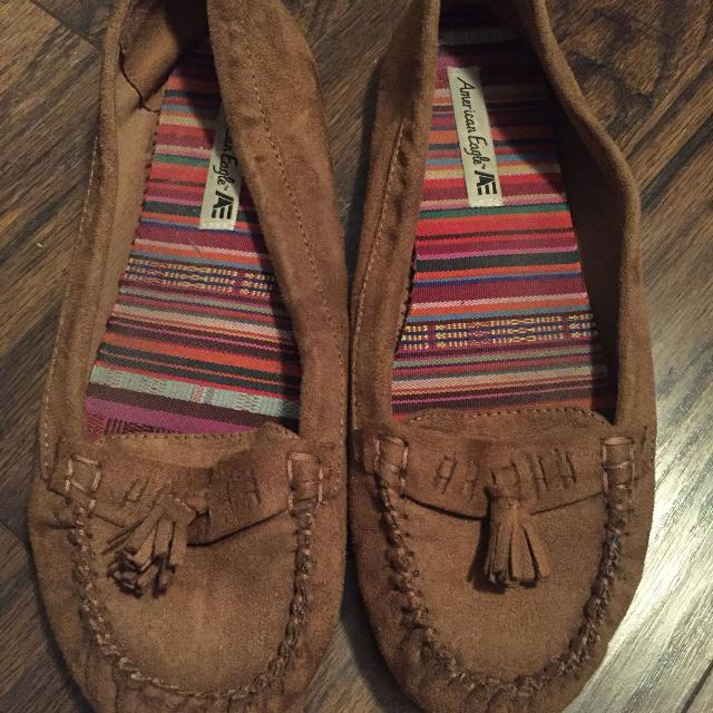 dbd9f5782655 Find more American Eagle Moccasins Size 9.5 for sale at up to 90 ...