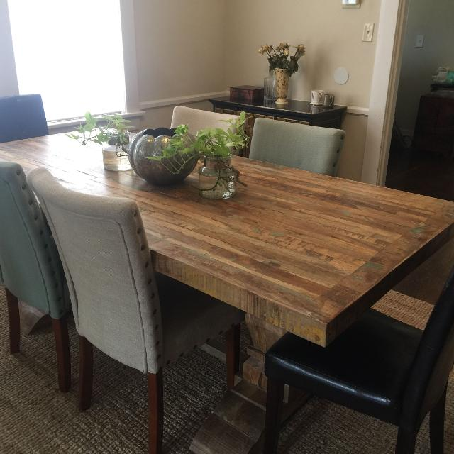 Io Metro Dining Room Table