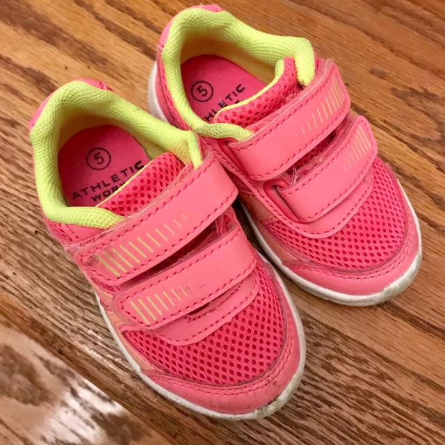 681345092e36 Best Baby Girl Sneakers Size 5 for sale in Dollard-Des Ormeaux ...