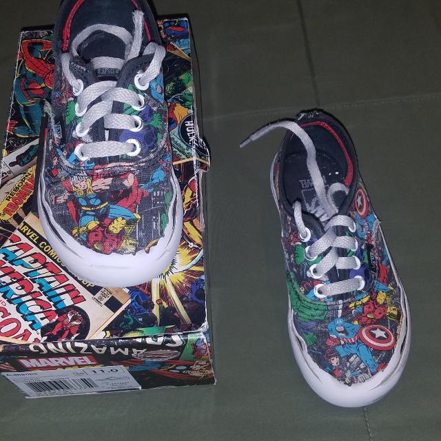 687d264bf4 Find more Size 11 Boys Vans Marvel Comic