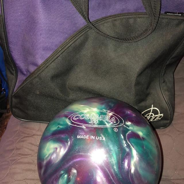 best kids 8lb bowling ball and bag for sale in scott air force base