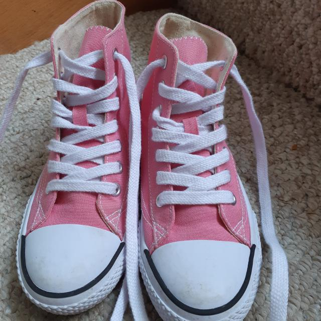 Best Pink Airwalk Shoes for sale in Clarington 2826c94a8