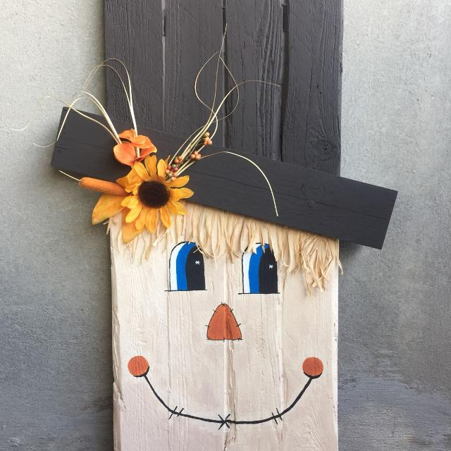 Handmade Reversible Wooden Scarecrow And Snowman Decoration 85
