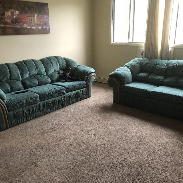 Nice Green Color Sofa Set