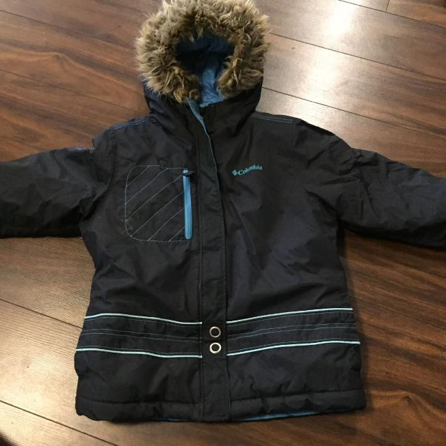 9866e634e Best Girls Columbia Winter Coat for sale in Airdrie, Alberta for 2019