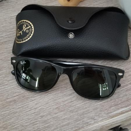 c524b32def Ray-Ban Black New Wayfarer Sunglasses Unisex