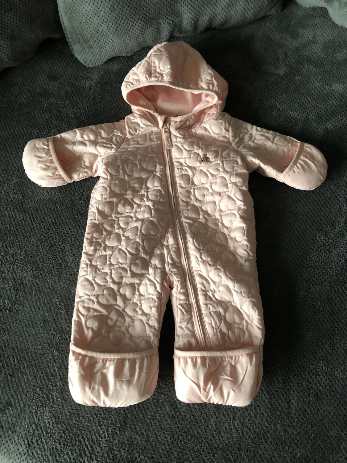 af1647fa3 Best Baby Girl Gap Winter Snowsuit 0-3 Months for sale in Airdrie, Alberta  for 2019